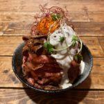 伊勢崎市のデカ盛り店!レストラン アンジェロをディナーで訪問 高さ13cmの「ローストビーフ丼(大盛り)」は量より味が凄かった