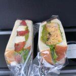 伊勢崎市の自家製サンドイッチ店でテイクアウト!BAKE SHOP ツミキでランチをお持ち帰り 一から手作りの「カプレーゼサンド」の味に再訪を誓う
